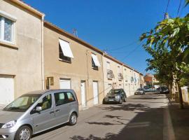 Apartment Rue Caravelles Saint Pierre La Mer, Saint Pierre La Mer