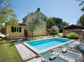 Villa Juricani 2, Materada