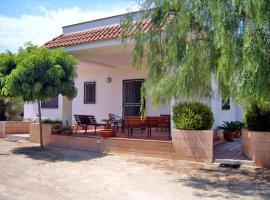 Holiday home Calabrese Nardo, Villaggio Resta