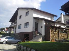 Casa LaCostea, Corunca