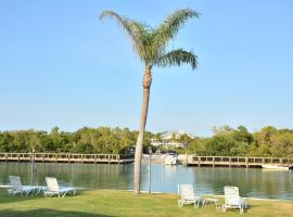 Gulf Shores Beach Resort, Nokomis Beach