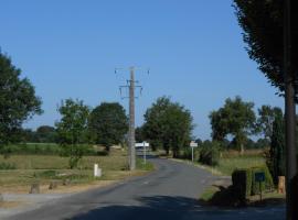 La Petite Maison Blanc, La Forêt-sur-Sèvre