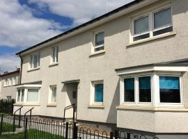 Ryehill View apartment, Glasgow