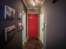 Maison d'Bosch The Red Door, Stellenbosch