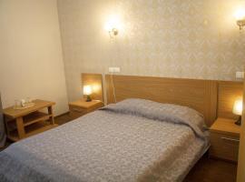 Hotel on Frontovaya 10, Strelna