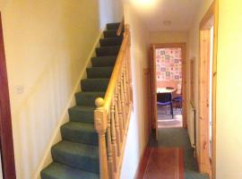 Comfy House for Groups & Contractors, Kilmarnock