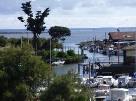 Les Marinas de Cassy, Lanton