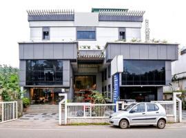 OYO 6210 Pookodans International Hotels