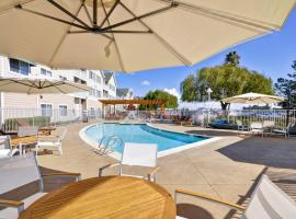 Homewood Suites by Hilton - Oakland Waterfront, โอ๊กแลนด์