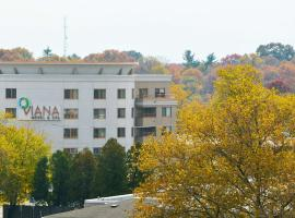 Viana Hotel & Spa; Best Western Premier Collection, Westbury