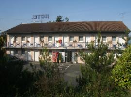 Riv'Hotel, Maleville