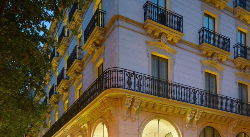 K k hotel picasso espa a barcelona for Hotel paris barcelona