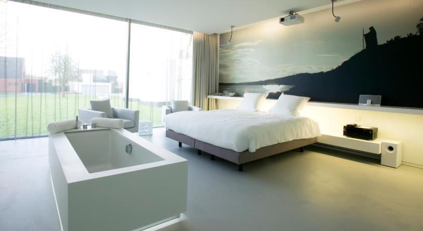 D hotel kortrijk belgium for Hotel design bruxelles