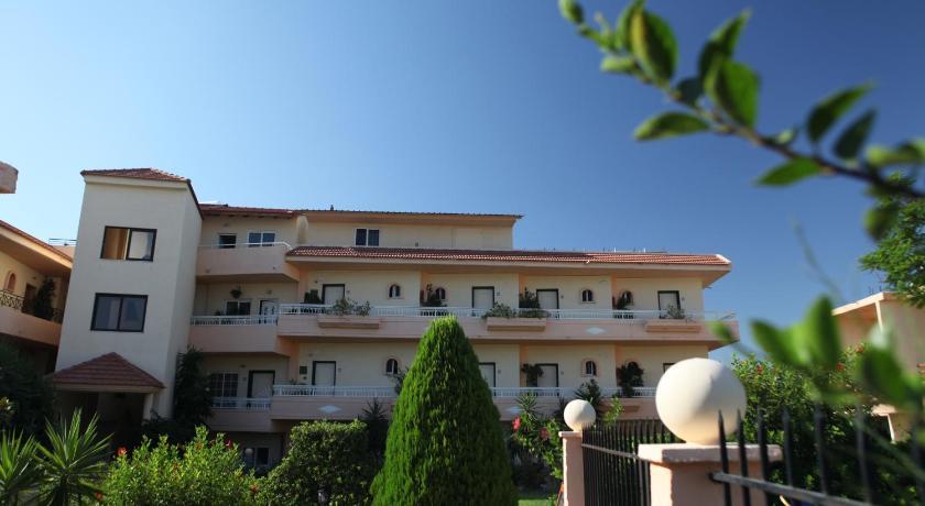 Lyristis Studios & Apartments, Apartment, Main Street, Rhodes, 85100, Greece