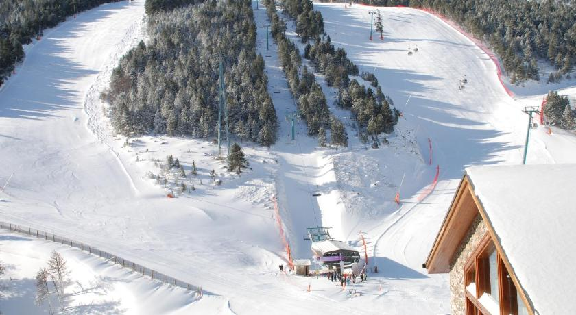 Sport hotel hermitage spa cheap ski holidays to sport - Sport hotel hermitage soldeu ...