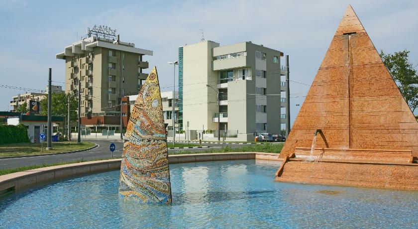 Hotel Ascot (Rimini)