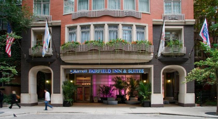 Fairfield Inn and Suites Chicago Downtown/ Magn... (Chicago)
