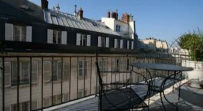 Cheap Hotel In Paris