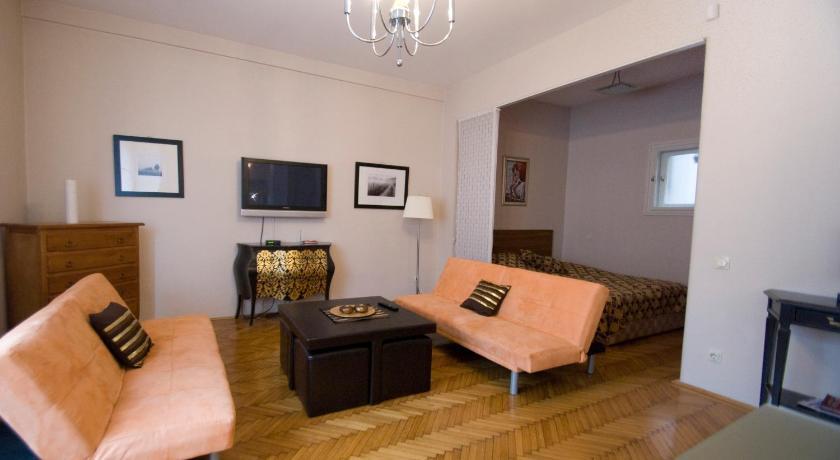 Danube view apartment (Budapest)