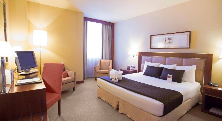 Hotel nuevo madrid spain for Booking madrid hotel