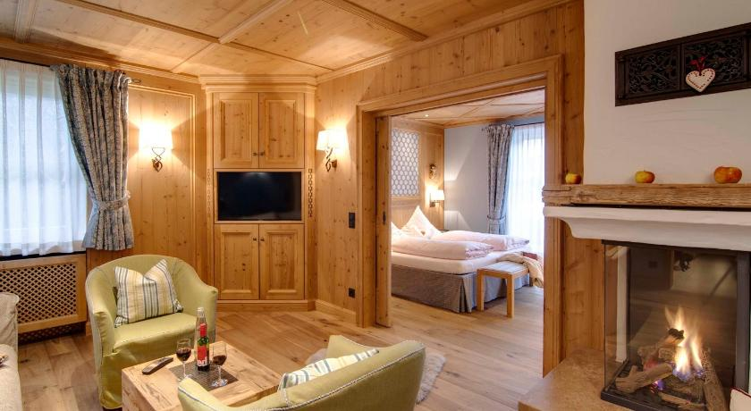 landhaus am stein germany germany hotels. Black Bedroom Furniture Sets. Home Design Ideas
