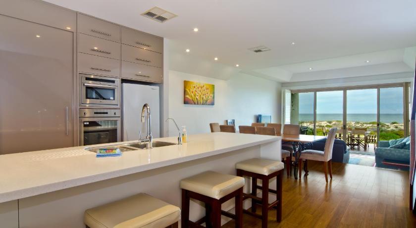 Adelaide Beaches Villas