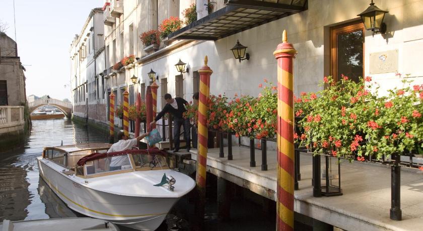 イタリア,ヴェネツィア,ルナ ホテル バリオーニ ザ リーディング ホテルズ オブ ザ ワールド(Luna Hotel Baglioni - The Leading Hotels of the World)