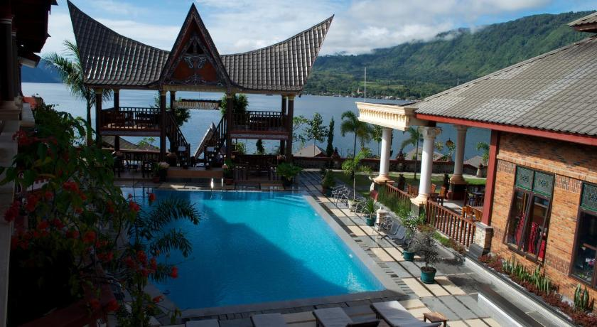 Hotel Toba Beach