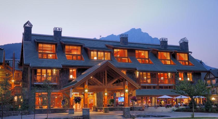 Hotels In Banff Close To Downtown