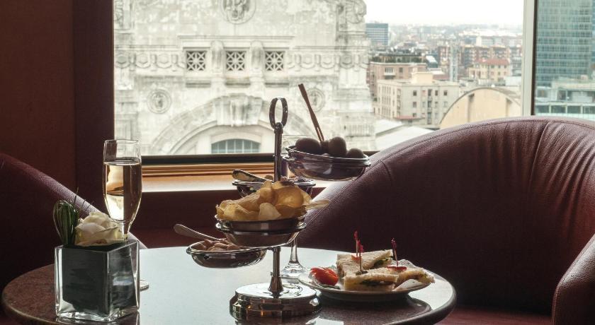 イタリア,ミラノ,ホテル ミケランジェロ(Hotel Michelangelo)