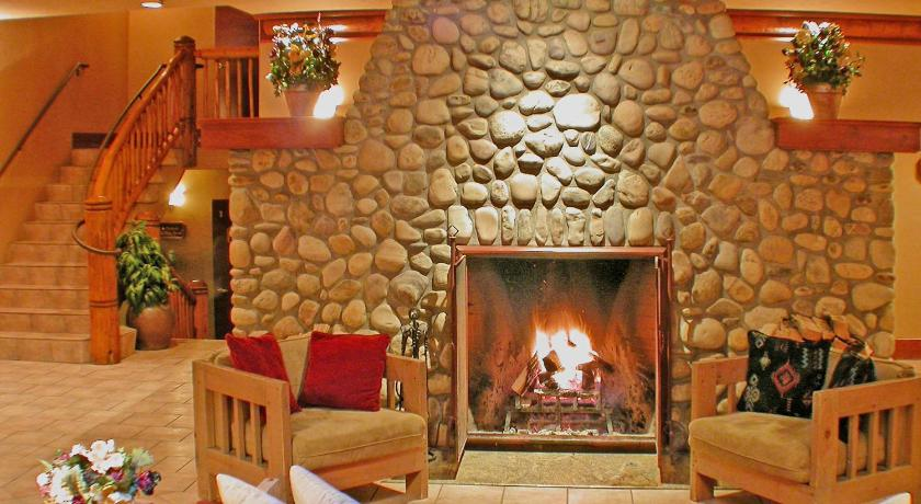 カナダ,バンフ,バンフ カリブー ロッジ アンド スパ(Banff Caribou Lodge and Spa)