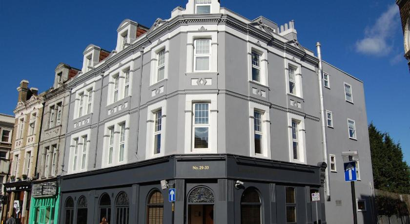 London Escorts Near Church Street Hotel