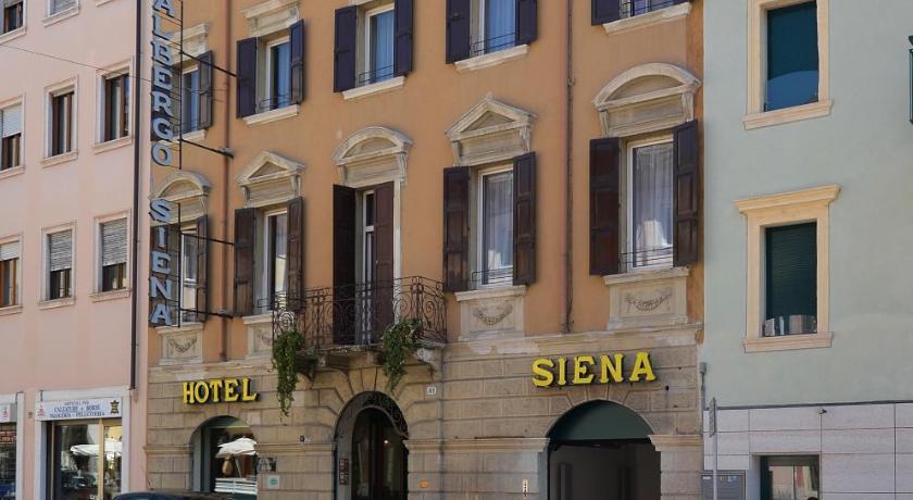 Hotel siena verona including photos for Accomodation siena