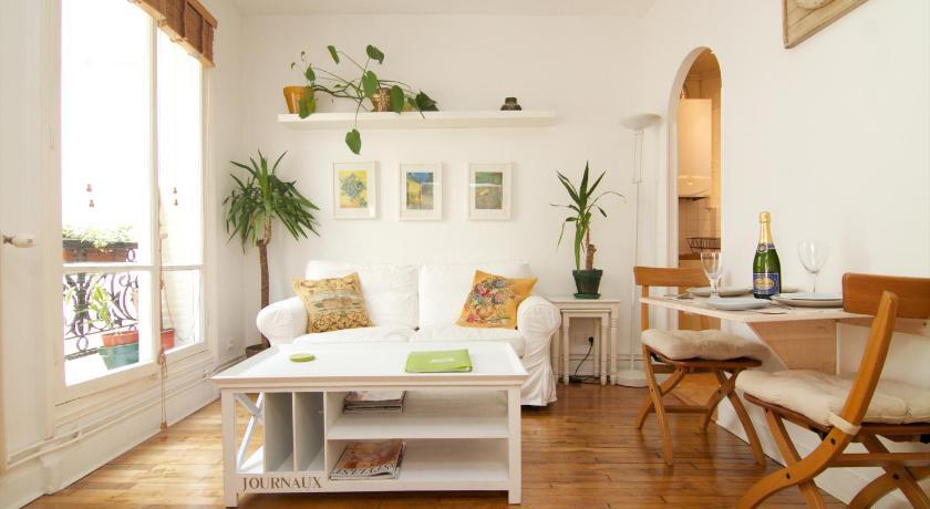 My Paris Apartment (Paris)