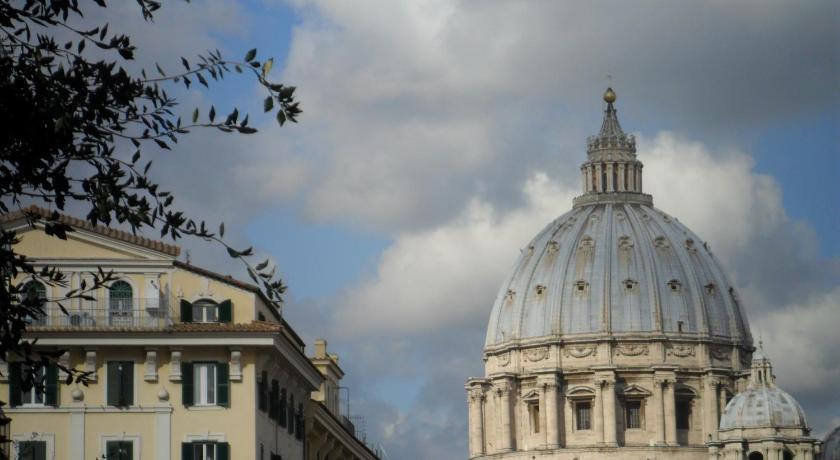 Laeta Domus in San Pietro (Rom)