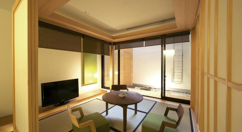 日本,京都,ホテルカンラ京都(HOTEL KANRA KYOTO)