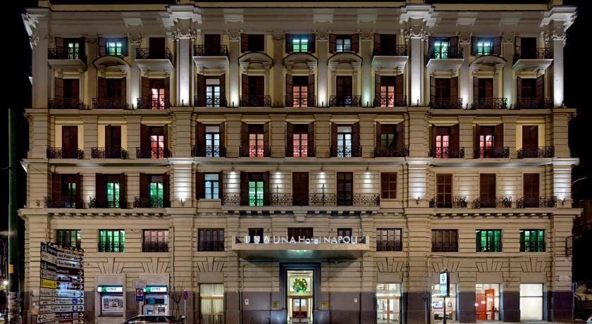 イタリア,ナポリ,ウナ ホテル ナポリ(UNA Hotel Napoli)