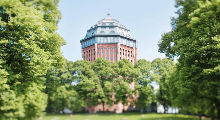 Mövenpick Hotel Hamburg (Hamburg)