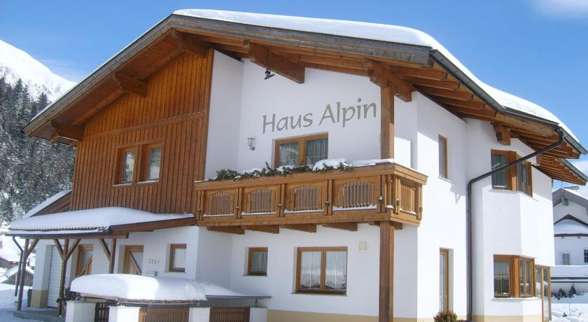 Haus Alpin Apartments (Pettneu am Arlberg)