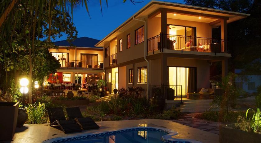 http://q-ec.bstatic.com/images/hotel/840x460/200/20048332.jpg