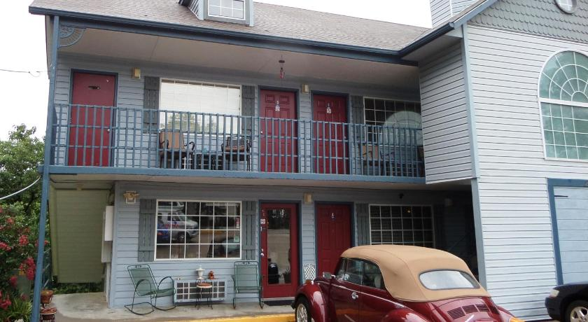 Room Hotel Suites Pet Friendly In Eureka Springs