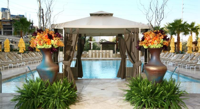 Luxury Suites International at The Signature (Las Vegas)