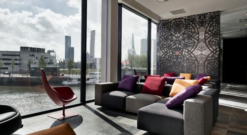 Mainport design hotel nederland rotterdam for Designhotel rotterdam