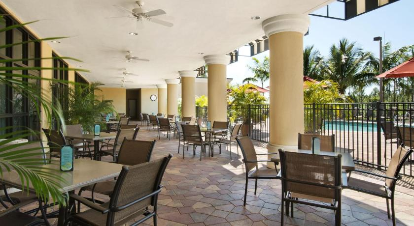 Embassy Suites Hotel Fort Myers, Fl Picture