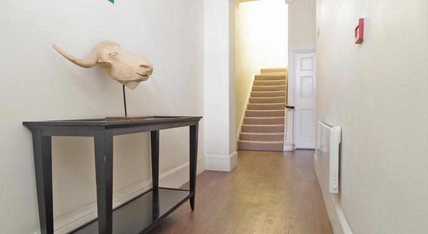 Gower Street Apartments (London)