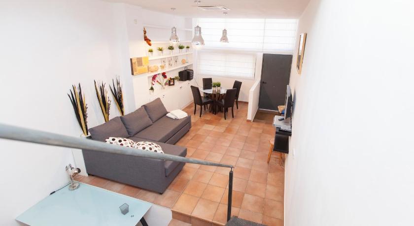 Stay Barcelona Gracia Apartments (Barcelona)