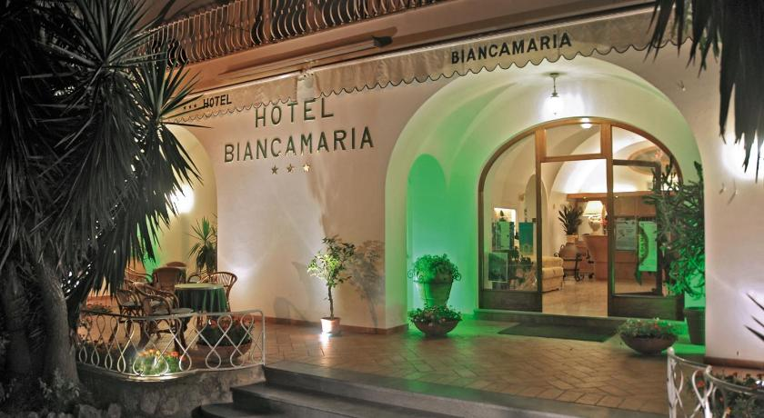 Entrance to Hotel Biancamaria, Capri (Photo by TK)