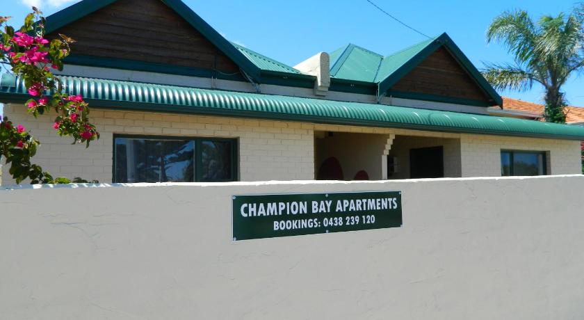 Champion Bay Apartments