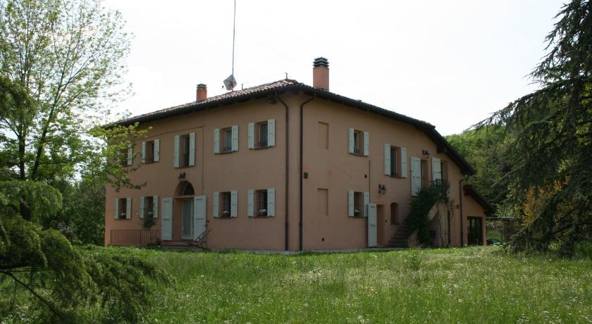 Casa di campagna c di viola italia san lazzaro di savena - Dimensione casa san lazzaro ...