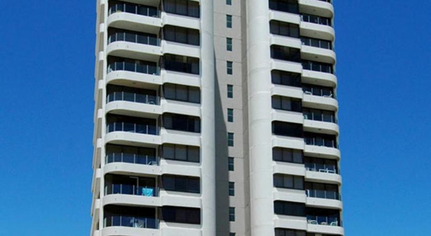 Condo Hotel Dorchester On The Beach